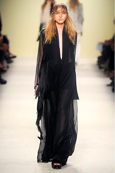 Ann Demeulemeester - Women's Ready-to-Wear - 2012 Spring-Summer