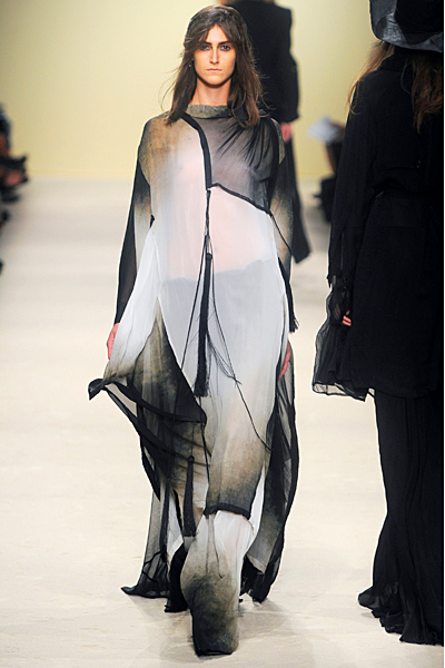 Ann Demeulemeester - Women's Ready-to-Wear - 2012 Spring-Summer