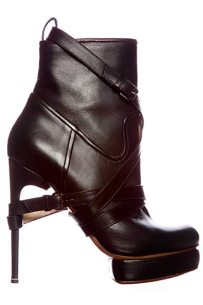 Nicholas Kirkwood - Shoes - 2011 Fall-Winter