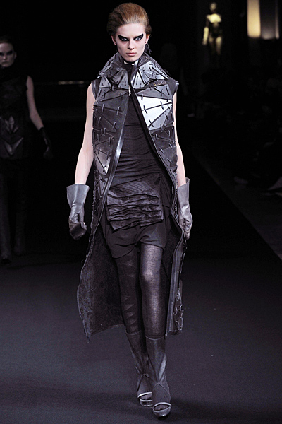 Rick Owens - Women's Ready-to-Wear - 2010 Fall-Winter